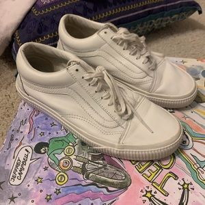 White leather Old Sokol Vans
